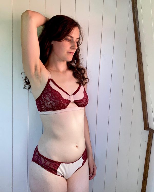 f Ivy knickers and Barbary bralette in red lace kit