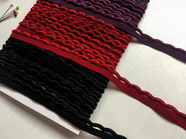 Ric Rac Knicker Elastic in 3 colours Deep Red, Plum, Black
