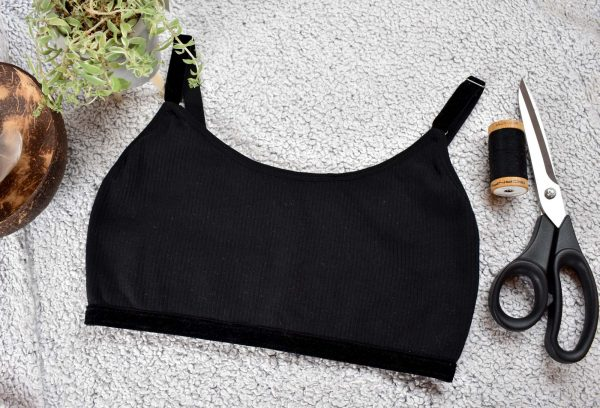 Barbary Sewing Pattern Black Rib