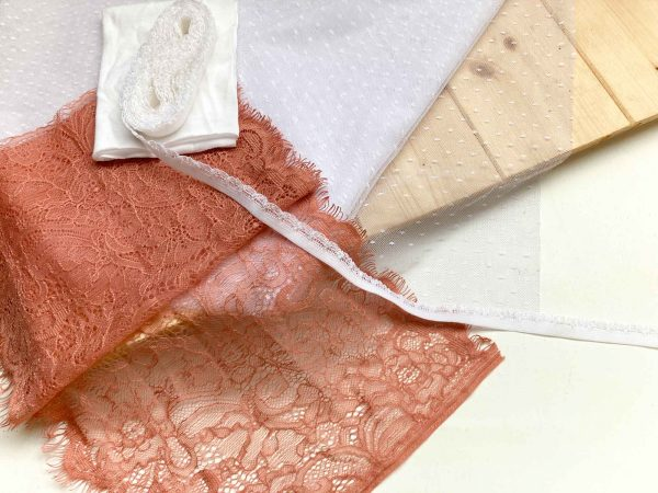 Beginner knicker making kit Dusky pink lace and white dot mesh