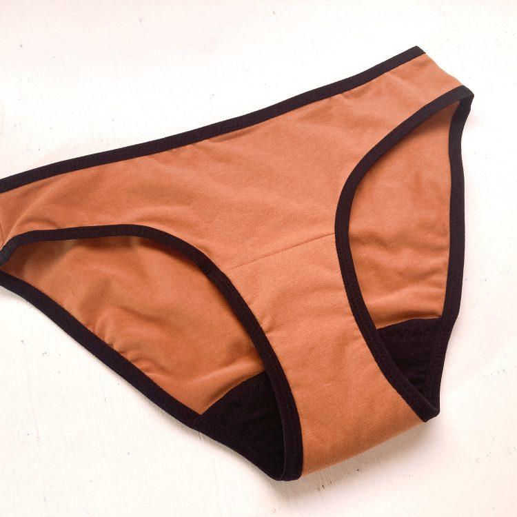 Rust period panty kit
